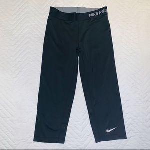 Nike Pro Dri Fit Cropped Leggings